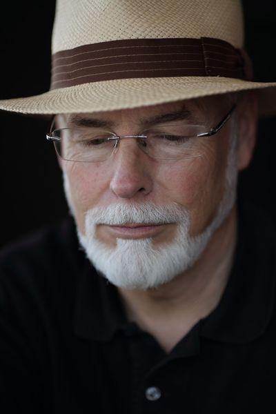 Charakterportrait eines guten Freundes und Fotografenkollegen. Entstanden im Juli 2013 in einem Café in Heimerzheim, nähe Euskirchen.