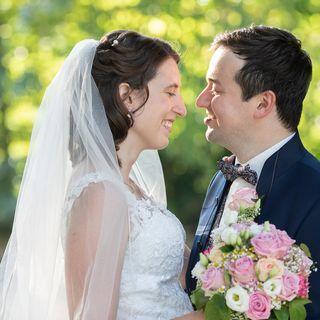 Hochzeitspaar vom Hochzeitsfotograf fotografiert
